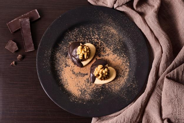 Vista dall'alto delizioso dessert pronto per essere servito