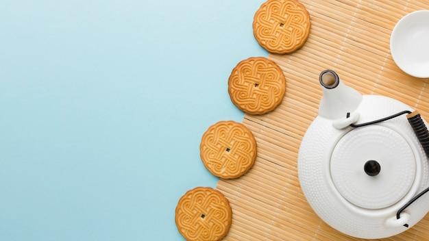 Vista dall'alto di biscotti fatti in casa con spazio di copia