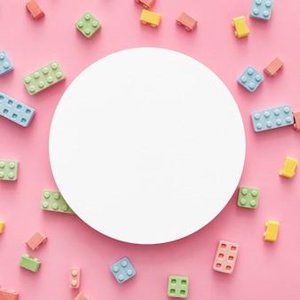 Vista dall'alto di blocchi di caramelle con copia spazio