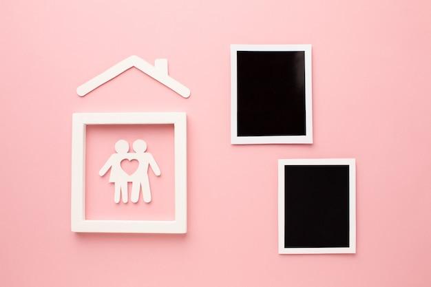Vista dall'alto foto istantanee con figura di famiglia