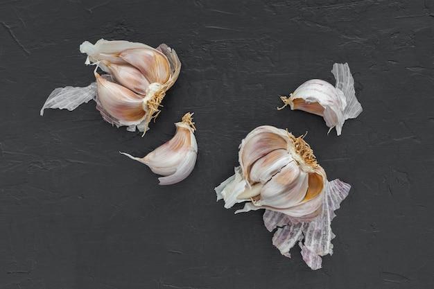 Vista dall'alto miscela di aglio sul tavolo
