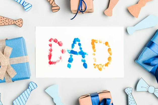 Vista dall'alto regali per la festa del papà