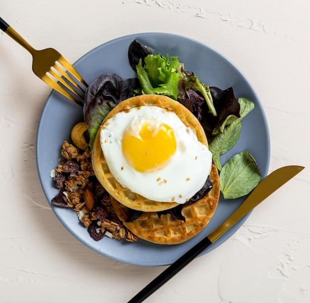 Vista dall'alto sana colazione pronta per essere servita