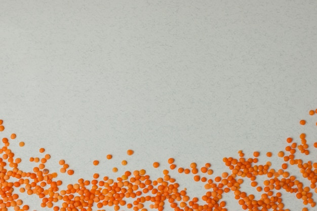 Vista dall'alto su semi di lenticchie