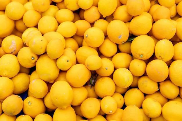 Vista dall'alto superficie di limoni