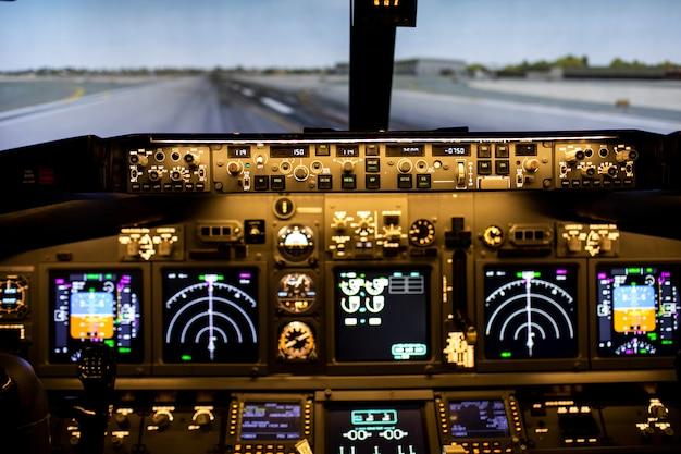 Vista dalla cabina di pilotaggio sulla pista