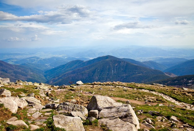 Vista dalla montagna chopok nei bassi tatra