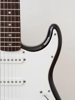Vista del primo piano del concetto di musica della chitarra