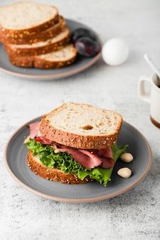 Vista del primo piano del panino sano