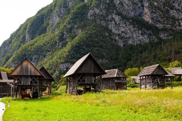 Vista del tipico legno strutturale chiamato hayracks