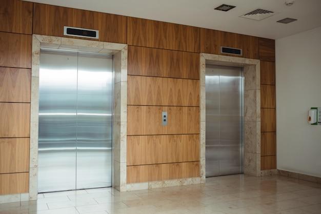Vista dell'ascensore
