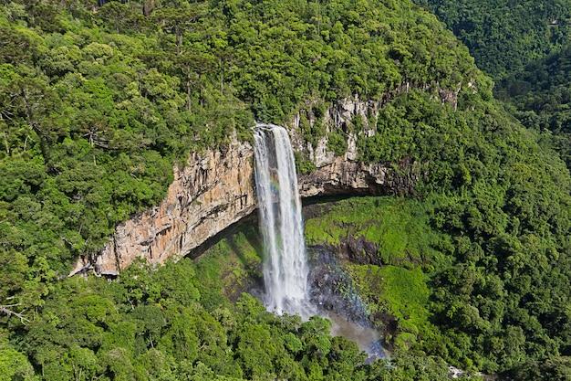 Vista della cascata di caracol, canela city, rio grande do sul, brasile