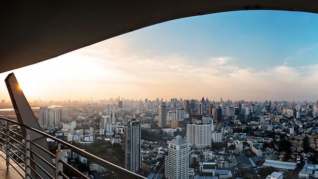 Vista della città di bangkok