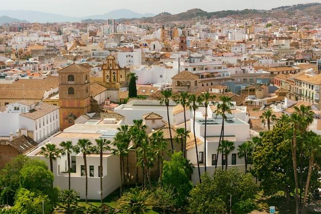 Vista della città di malaga e del museo picasso