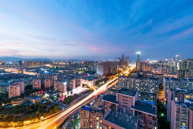 Vista di notte del cielo della notte della città, cina nanchang