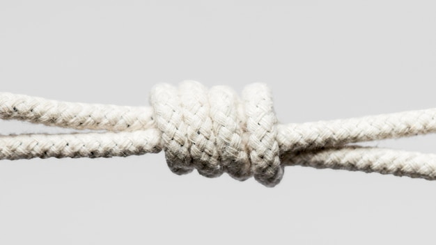 Vista frontale di corda di cotone ritorto