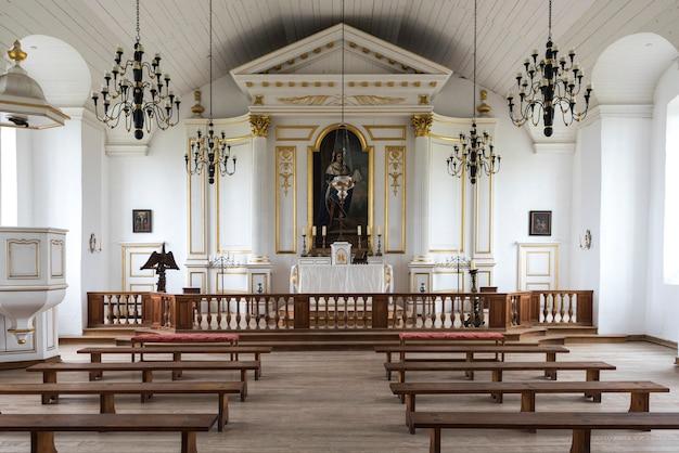 Vista interna della chiesa alla fortezza di louisbourg, louisbourg, isola di cape breton, nova scotia, ca