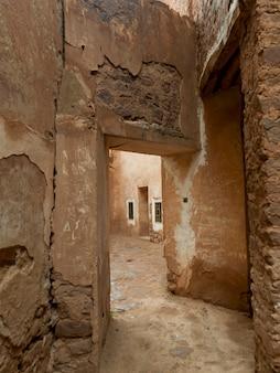 Vista interna della rovina kasbah, telouet, ouarzazate, marocco