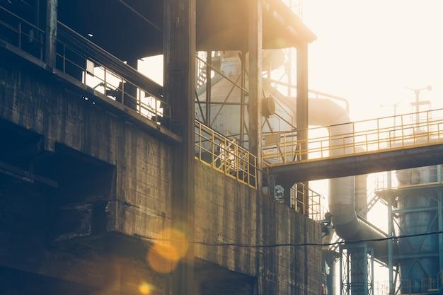 Vista interna di una fabbrica di acciaio