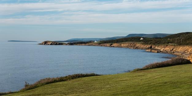 Vista panoramica del porto di margaree, cabot trail, isola di cape breton, nova scotia, canada