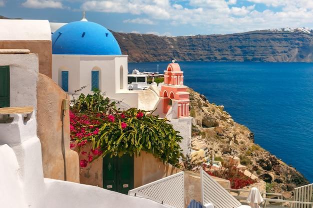 Vista pittoresca di oia, santorini, grecia