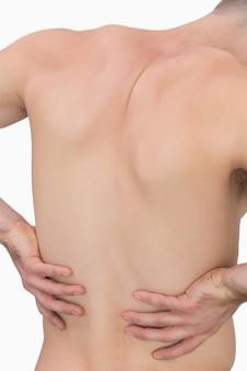 Vista posteriore dell'uomo muscoloso con mal di schiena