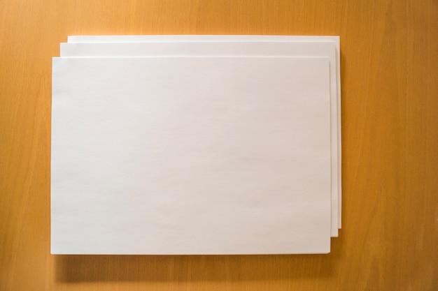 Vista superiore dei fogli di carta