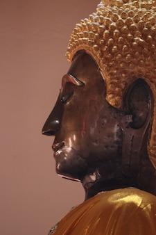 Volto di buddha in stile laos, provincia di nongkhai