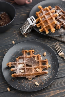Waffle deliziosi piatti