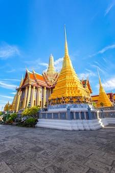 Wat phra kaew, tempio di emerald buddha, bangkok, tailandia.
