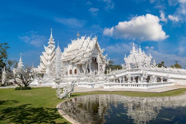 Wat rong khun in chiang rai, tailandia