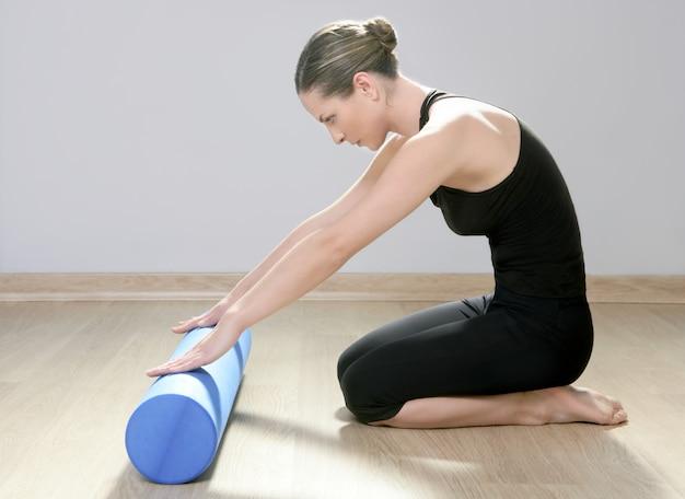Yoga blu di yoga della palestra di sport della donna dei pilates del rullo della schiuma