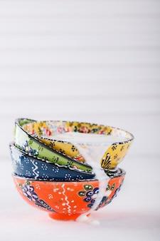 Yogurt, ayran fatto in casa, tradizionale ceramica turca