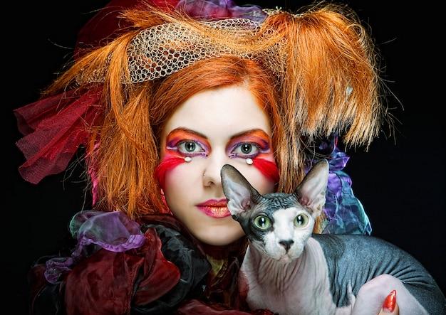 Yong principessa con gatto.