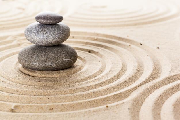 Zen giardino meditazione pietra sullo sfondo