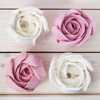 Zephyr a forma di rose di fiori