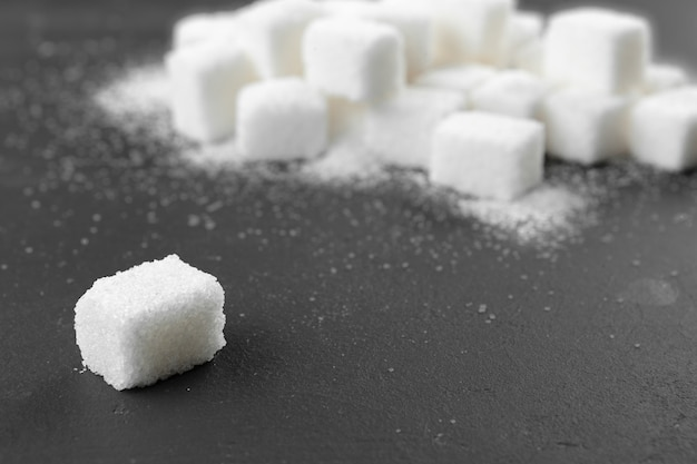 Zollette di zucchero bianco