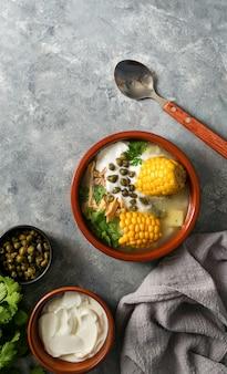 Zuppa di patato comune in colombia, cuba e perù.