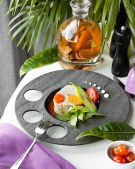 Zuppa di pesce con verdure