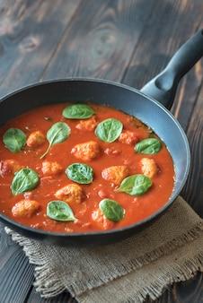 Zuppa di pomodoro con polpette