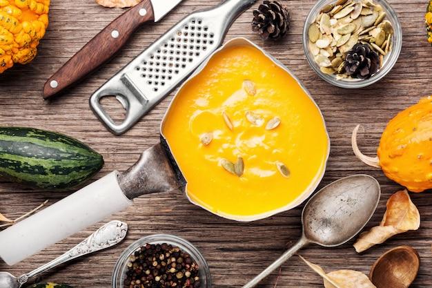 Zuppa di zucca stagionale
