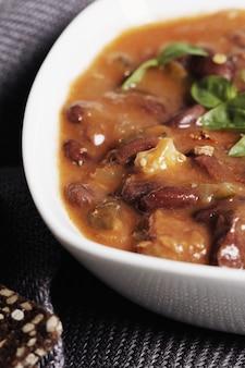 Zuppa fresca con spezie