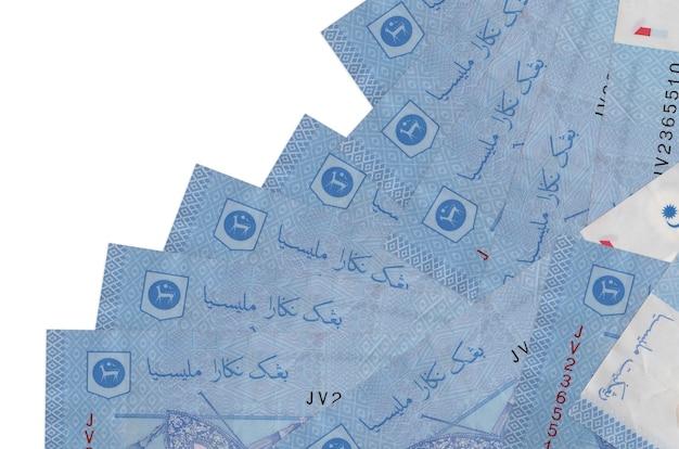 1 as contas de ringgit da malásia estão em ordem diferente, isoladas no branco. banco local ou conceito de fazer dinheiro.