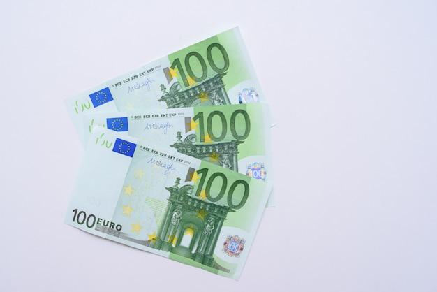 100 notas de euro dinheiro de notas de euro. moeda da união europeia