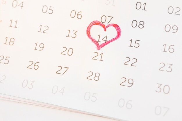 14 de fevereiro marcado no calendário