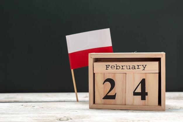24 de fevereiro. dia 24 de mês de fevereiro, calendarflat leigos, vista superior. inverno