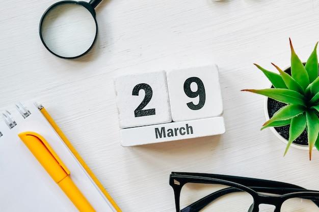 29 vigésimo nono dia de março no calendário