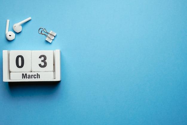 3 terceiro dia de março do calendário do mês de primavera