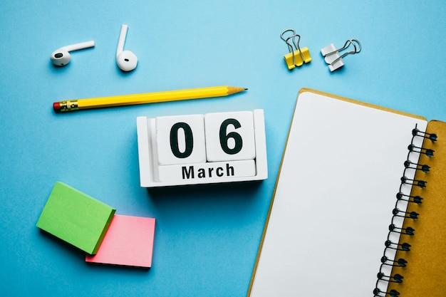 6 sexto dia de março do calendário do mês da primavera.
