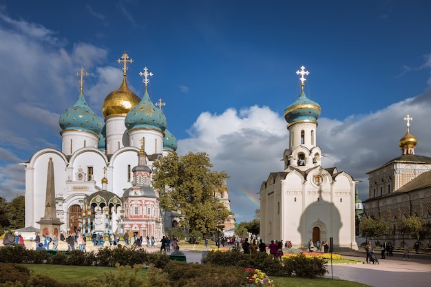 A área em frente à catedral da assunção, o túmulo do godunov